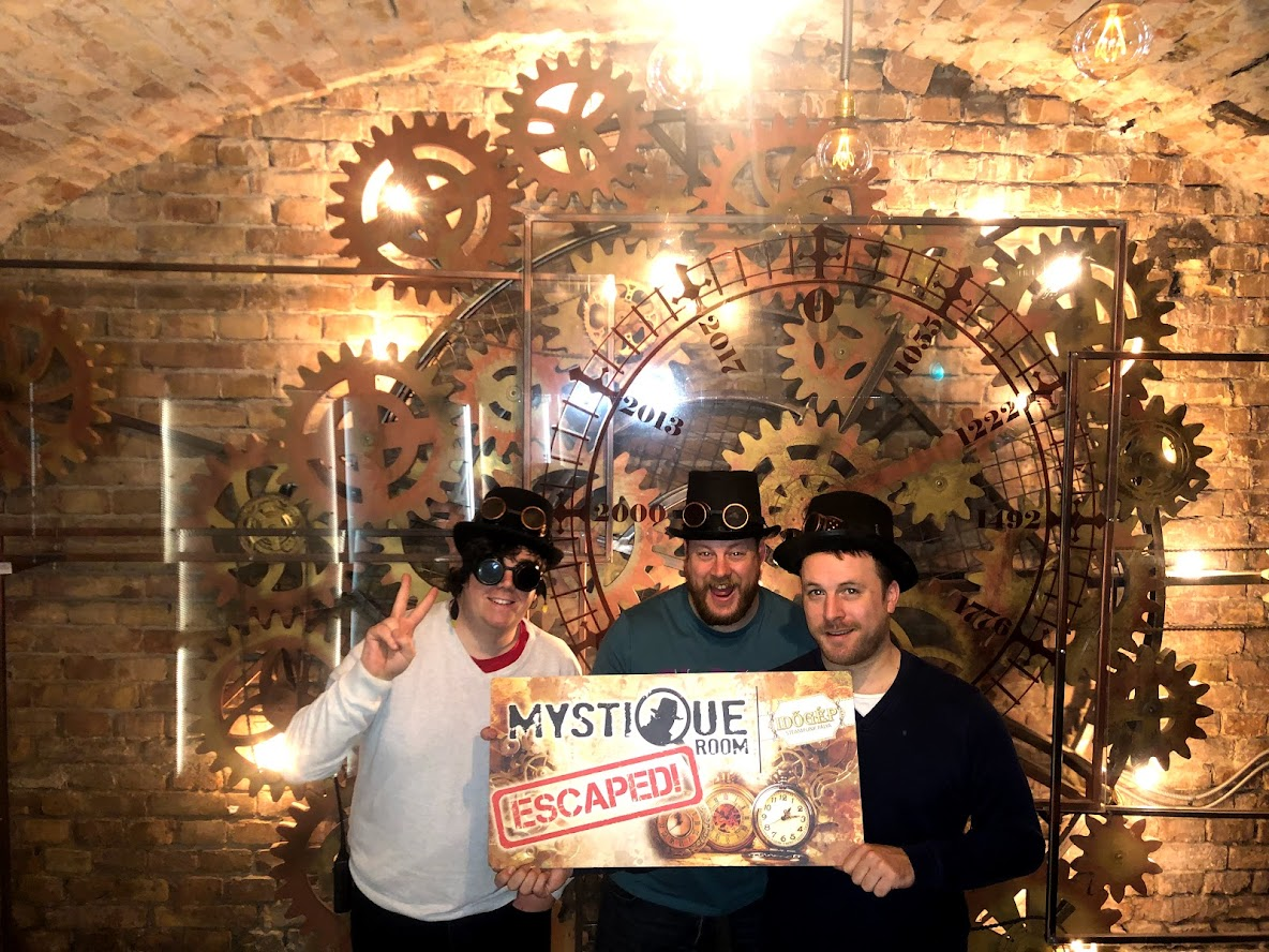 Mystique Escape Room - Time Machine