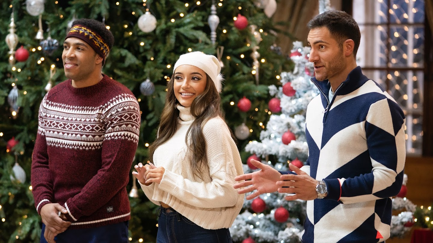 Watch 12 Dates of Christmas live