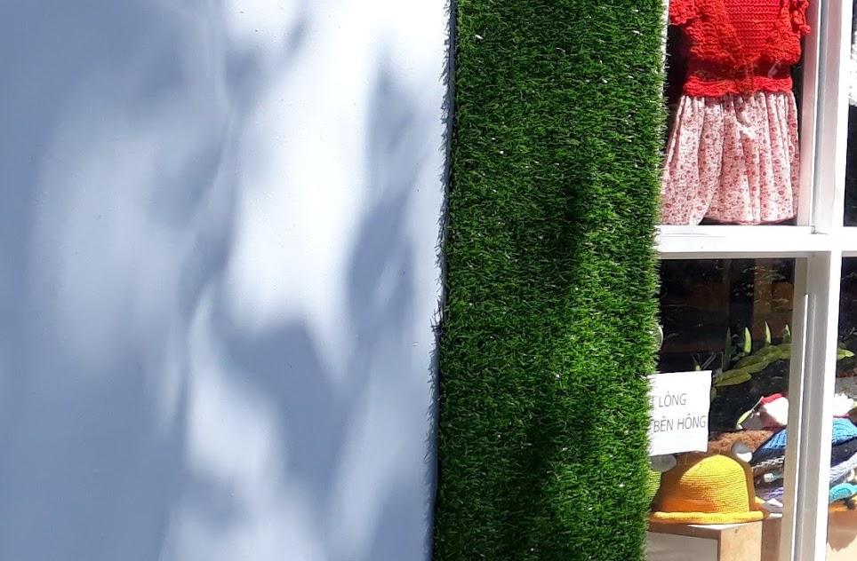 Thiết kế khung cảnh phòng ăn hợp tác khác lạ cùng Thảm sân golf