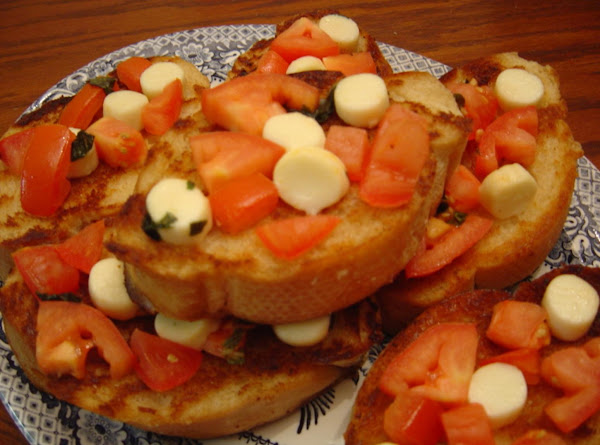 So-easy-an-idiot-could-make-it Bruschetta Recipe
