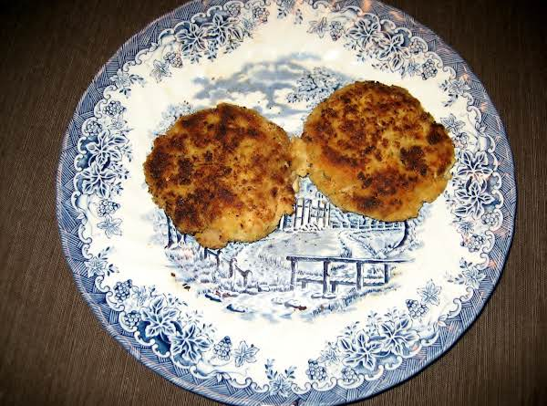My Mom's Tasty Salmon Patties Recipe