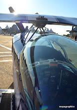 Photo: Petit biplan très musclé 260 cv pour 520kg...