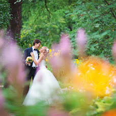 Wedding photographer Elena Drozdova (Luckyhelen). Photo of 04.04.2013