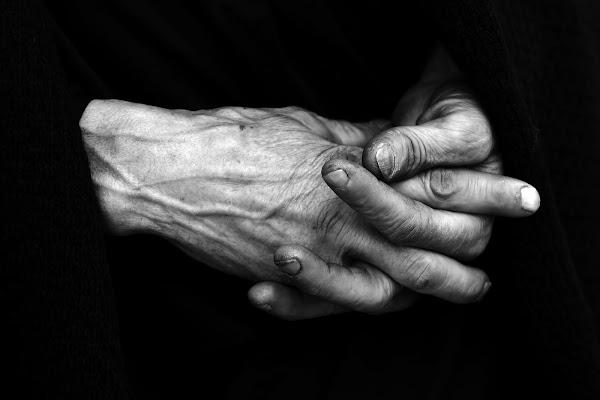 hand in hand di Montanaro