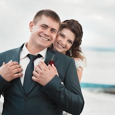 Wedding photographer Maksim Voznyak (love). Photo of 21.10.2013