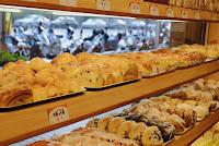 連益蛋糕麵包