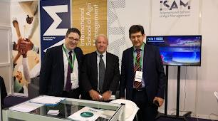 Germán Fernández con los dos Antonio Escobar