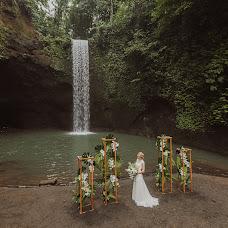 Wedding photographer Zhenya Ivkov (surfinglens). Photo of 01.10.2018