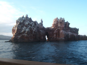 Photo: It's a wonderful dive and snorkel site. Note the arch. Unfortunately, I didn't bring my underwater camera.