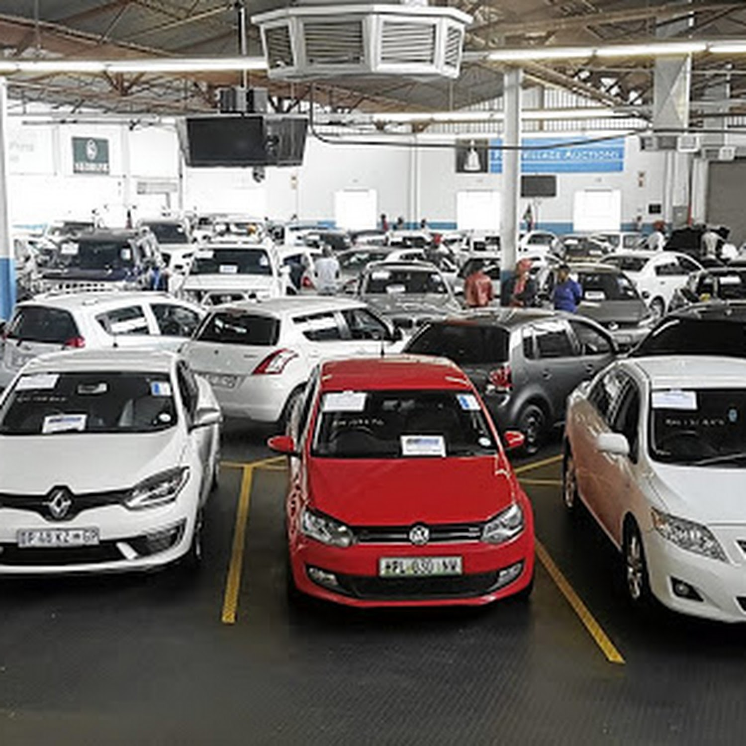 Sa S Vehicle Sales Tumble In March