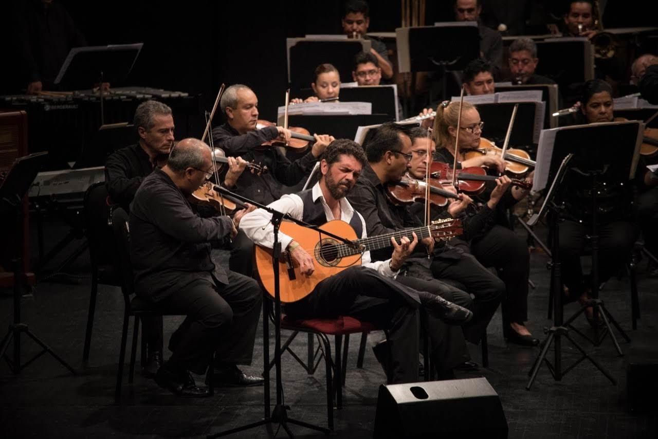 José Carlos Gómez estrena su obra para guitarra y osquesta