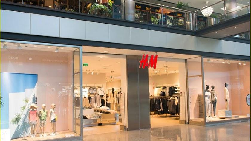 Establecimiento de H&M en el Centro Comercial Torrecárdenas.