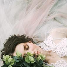 Wedding photographer Galina Pikhtovnikova (Pikhtovnikova). Photo of 23.04.2017