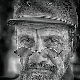 Soldier Face by Marco Bertamé - Black & White Portraits & People ( ww1, glasses, cap, spotting, beard, soldier, military, spectacles, looking, stars, man, eyes )