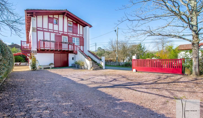 Maison avec piscine et terrasse Saint-Pée-sur-Nivelle