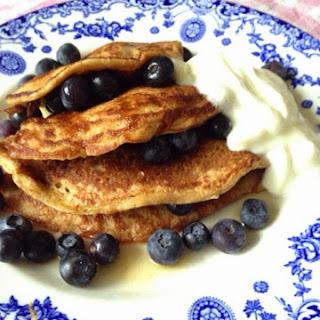 Oaty Banana Pancakes