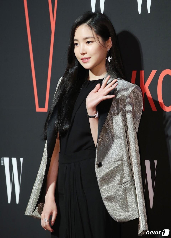 naeun gown 20