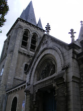 Photo: Leaving the park, I cross into the neighboring town of Châtenay-Malabry, and soon find myself at the Église Saint-Germain-l'Auxerrois, the oldest parts of which date to the 11th century.