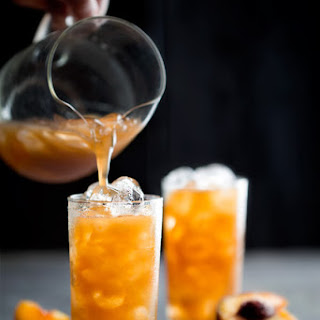 Tamarind-Peach Agua