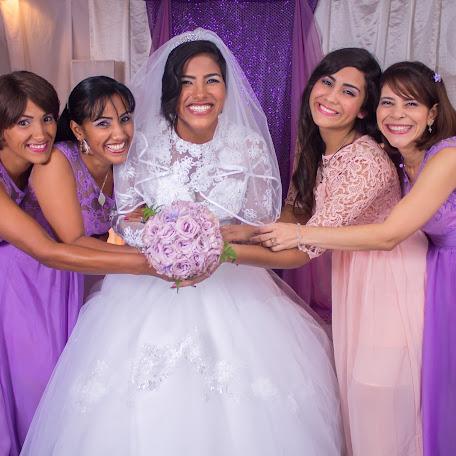 Fotógrafo de bodas Harvey Salcedo (hsfotografiayvi). Foto del 26.01.2016