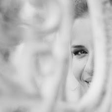 Wedding photographer Ekaterina Obolonina (katyakolibri). Photo of 16.03.2017
