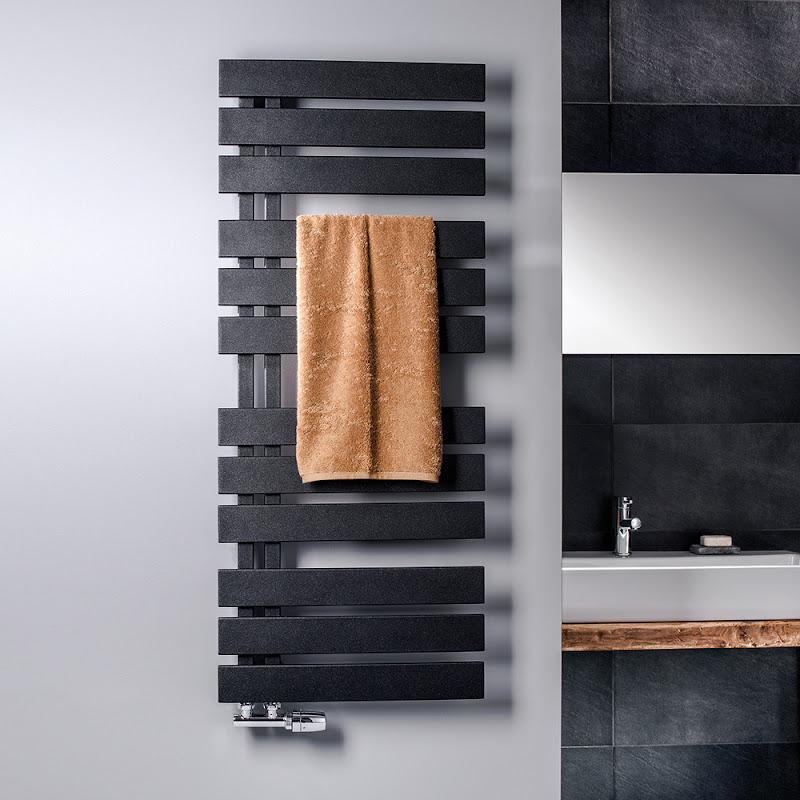 Designheizkörper Aero und Yenga liefern Wärme mit Stil für Bad und Wohnung