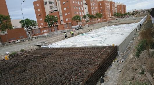 El soterramiento en El Puche, aún al 70% de ejecución tras 20 meses de obras