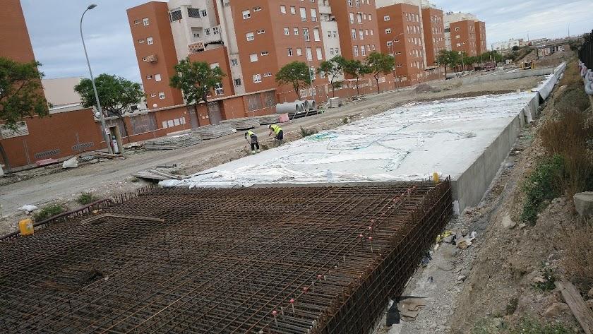 Obras en marcha en el soterramiento de las vías en El Puche