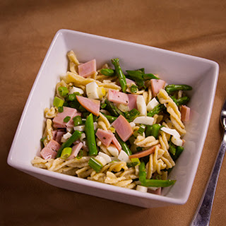 Cold Fusilli Salad with Egg and Asparagus.