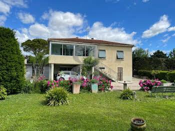 Villa 8 pièces 155 m2