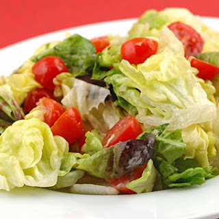 Butter Lettuce And Tomatoes With Red Onion Vinaigrette