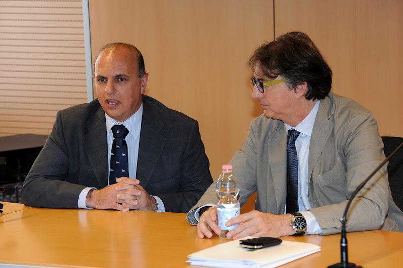 Photo: Il Capitano Carta dei Carabinieri NAS di Genova ringrazia l'Organizzazione