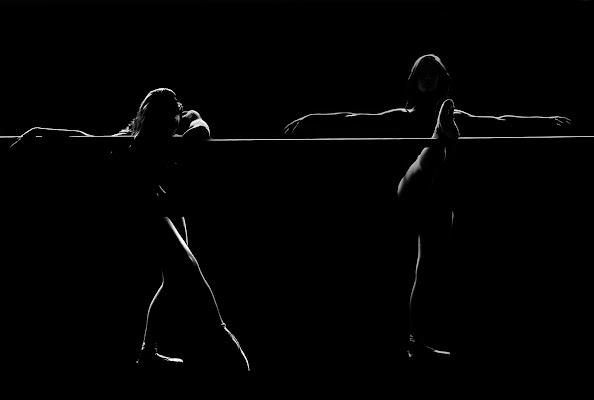 DANCING IN THE DARK di massimo zanotti