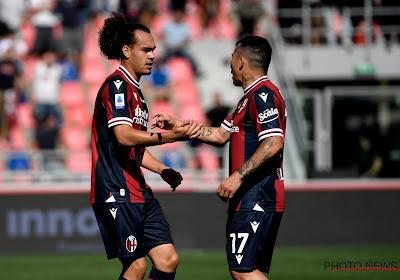"""Arthur Theate heeft draai bij Bologna al helemaal gevonden: """"Ik wil Giroud en Zlatan opvreten"""""""