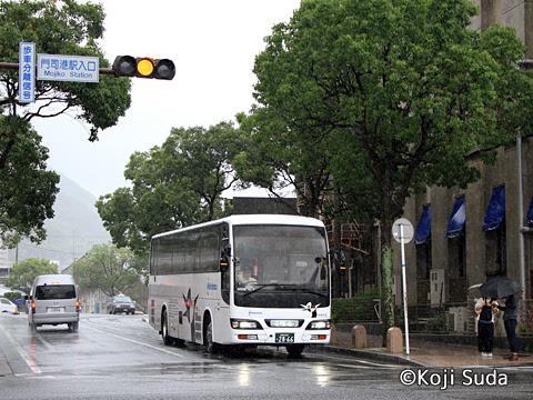 西鉄 4012 門司港駅にて_02
