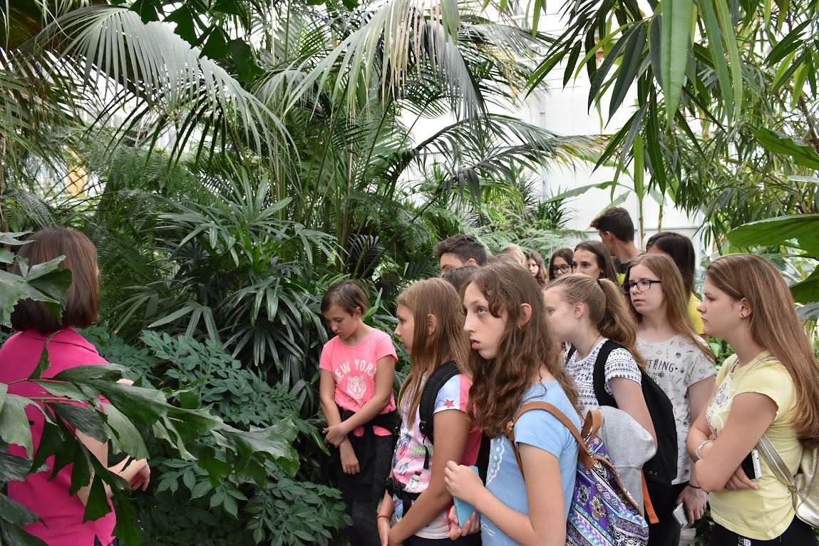 Učenci OŠ Puconci v Tropskem vrtu v Dobrovniku