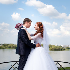 Wedding photographer Ekaterina Deputatova (katepetra). Photo of 19.09.2016