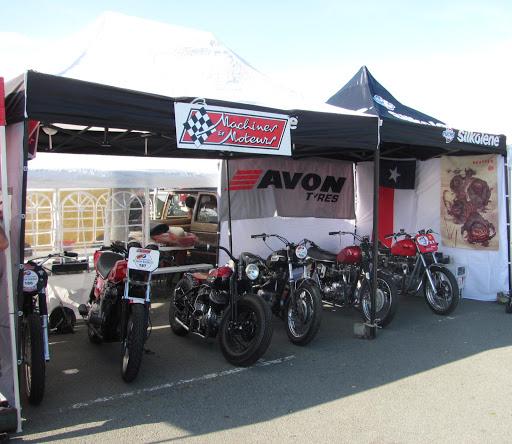 le-stand-machines-et-moteurs-a-l-iron-bikers-2014