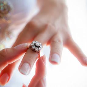 by Vasilis Tsesmetzis - Wedding Details
