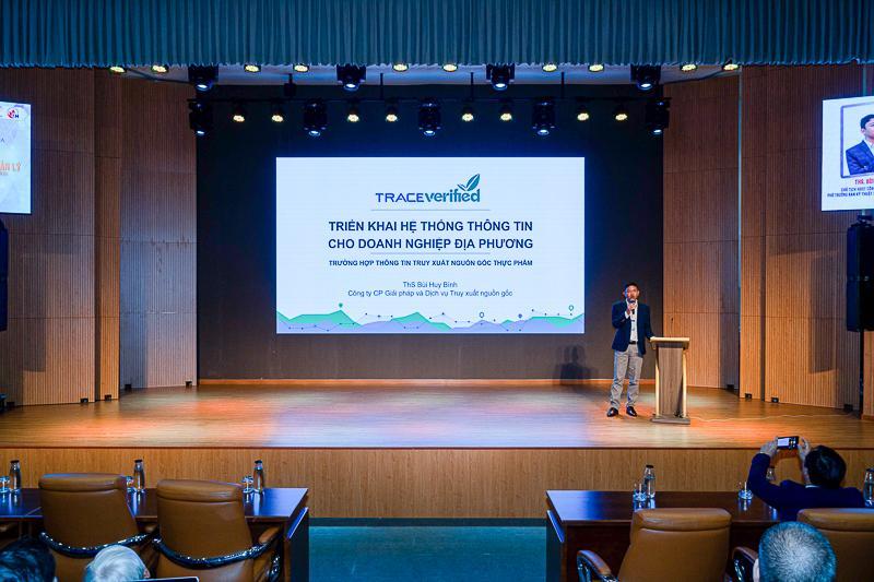 ThS. Bùi Huy Bình - Chủ tịch HĐQT Công ty cổ phần Trace Verified - Phó trưởng ban kỹ thuật Hội thực phẩm minh bạch chia sẻ về Kinh nghiệm triển khai HTTT cho doanh nghiệp địa phương
