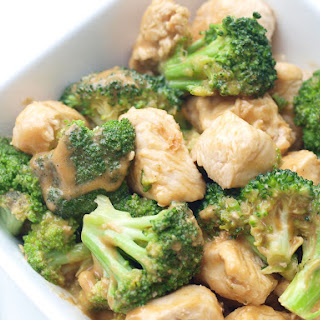 Broccoli and Chicken with Peanut Sauce