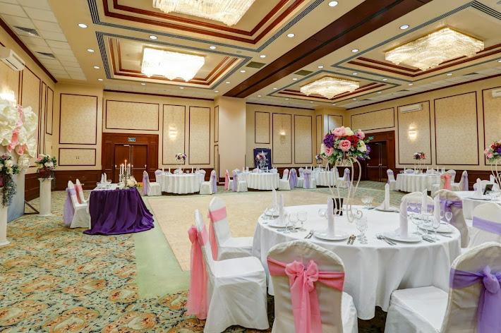 Фото №2 зала Банкетный зал «Петровский»