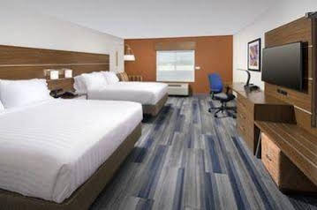 Holiday Inn Express and Suites Greenwood North