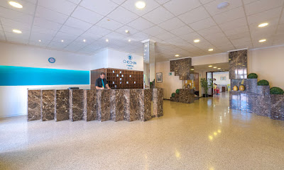 THE HOTEL - Reception