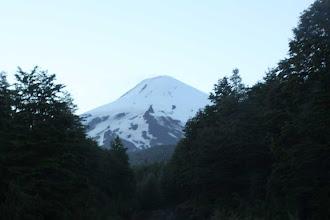 Photo: daar ligt de Villarica in het prille morgenlicht