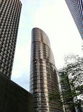 Photo: Lipstick Building