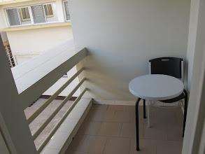 Photo: Sn4HR0216-160202Dakar, Pouponnière, chambre, petit balcon sur cour intérieure IMG_0206