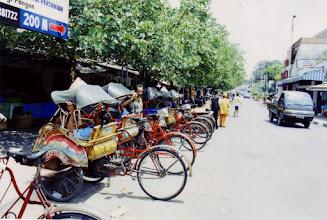 Photo: #018-Balade en cyclo-pousse-Yogyakarta-Java