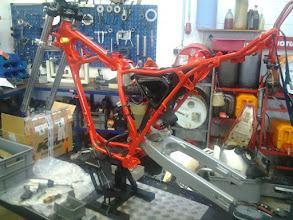 Photo: Und los geht´s mit dem Wiederaufbau. Bei diesem Projekt wird dann auch der Motor kplt. gepulvert.