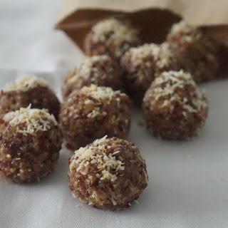 Gluten Free No-Bake Tropical Quinoa Energy Balls